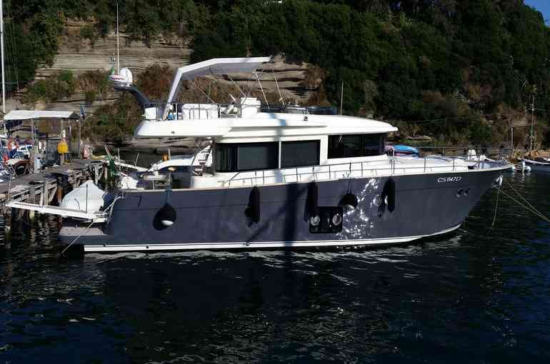 Imbarcazione Maestro 56'
