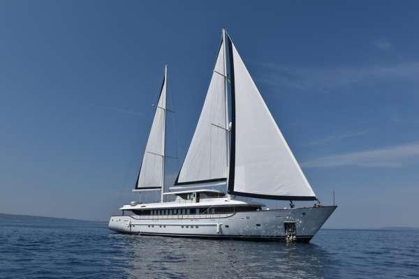 Yacht AIAXAIA - 19