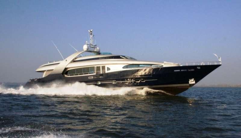 Motor Yacht BLUE MAMBA