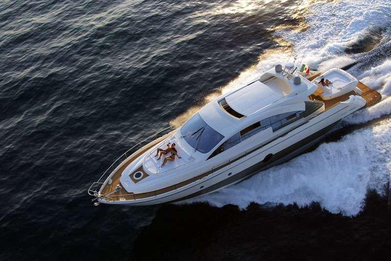 Yacht Regis