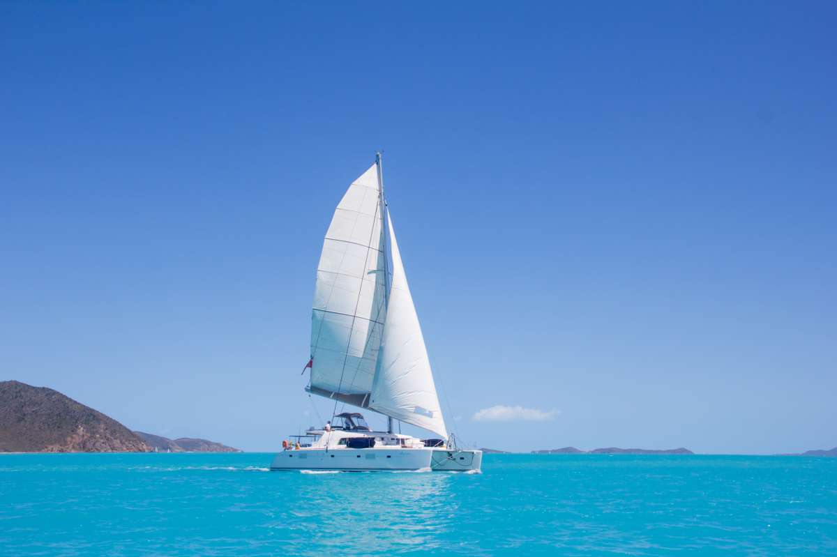 Charter with AZURIA on compassyachtcharters.com