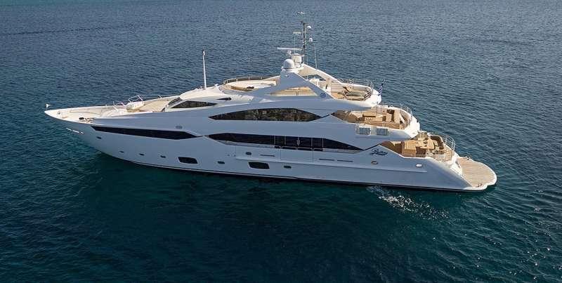 Yacht PATHOS