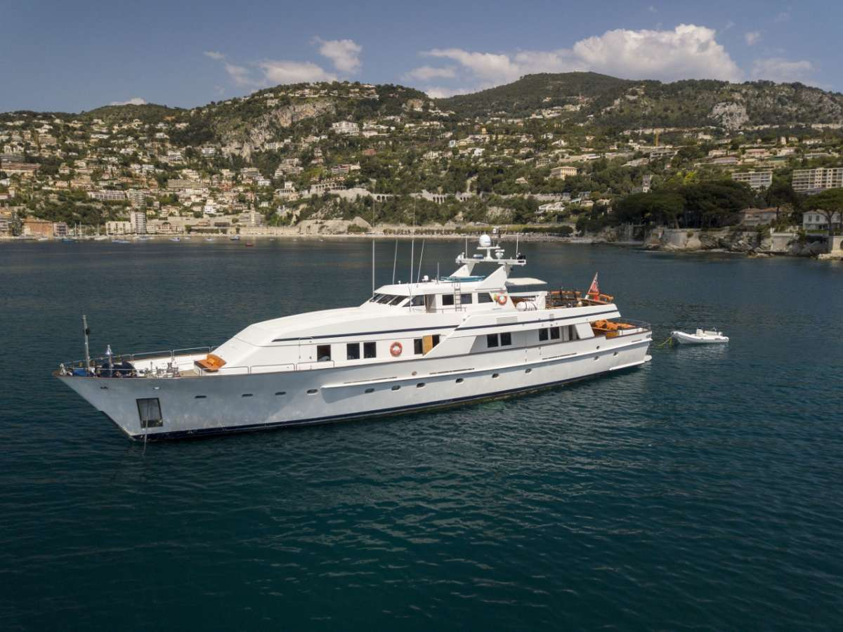 Yacht Fiorente