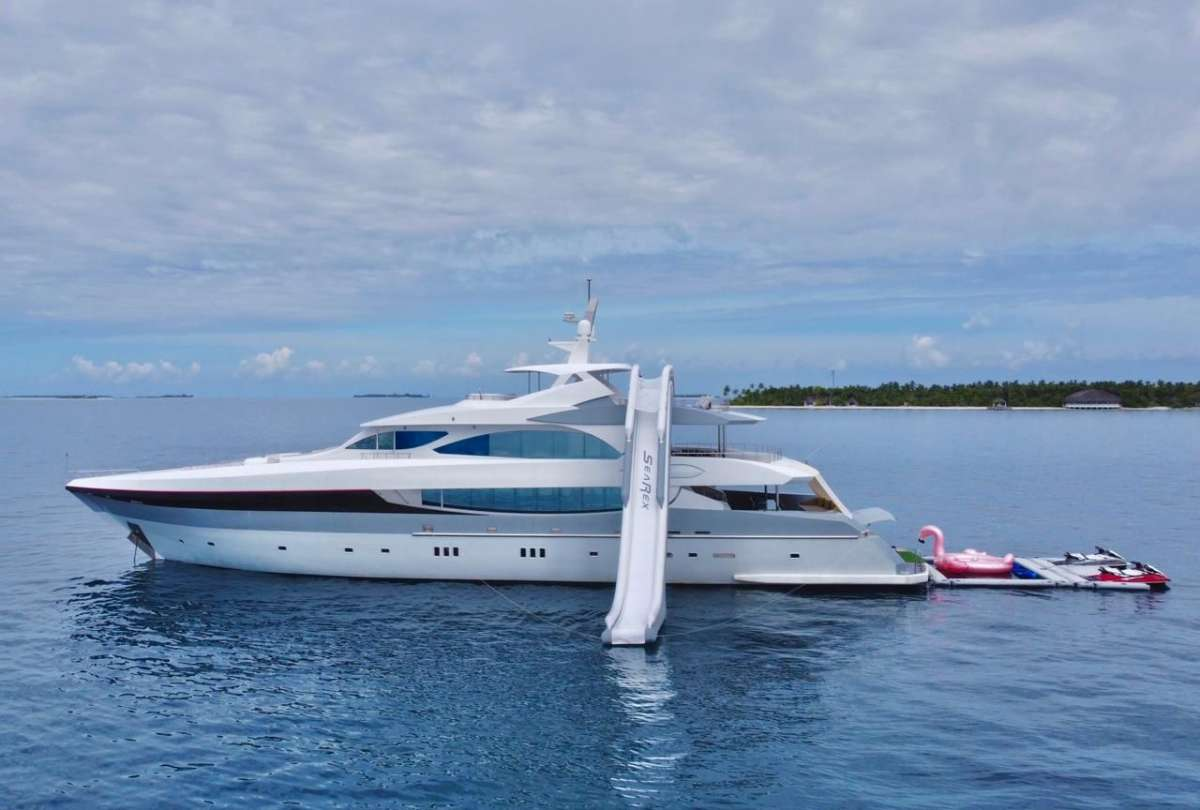 Yacht SEAREX