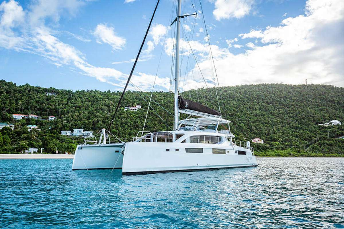 Catamaran VOYAGE 590e