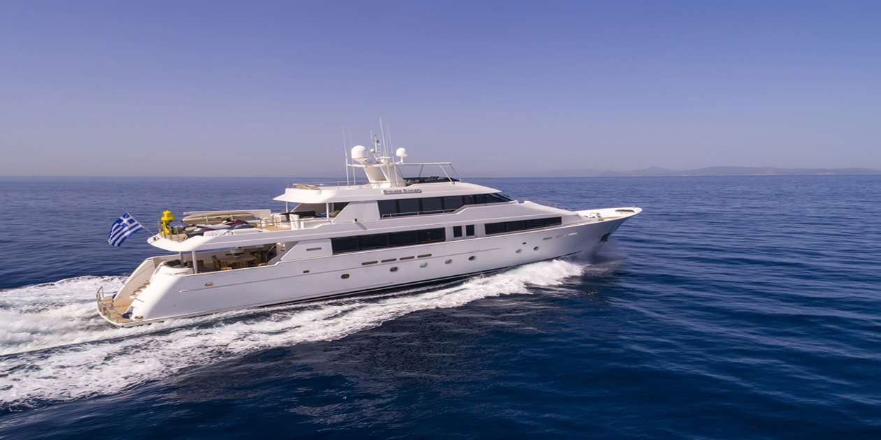Charter with ENDLESS SUMMER on compassyachtcharters.com
