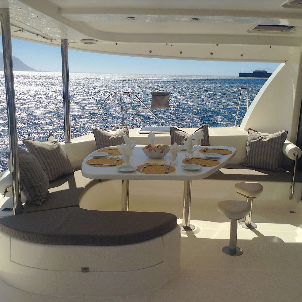 Alfresco dining in our protected cockpit.