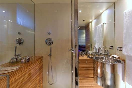 MABROUK Twin Bathroom