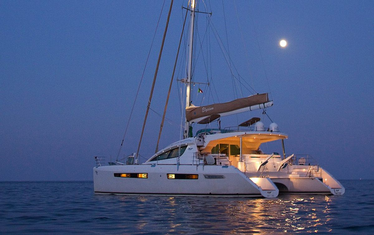 Charter with ELYSIUM on compassyachtcharters.com