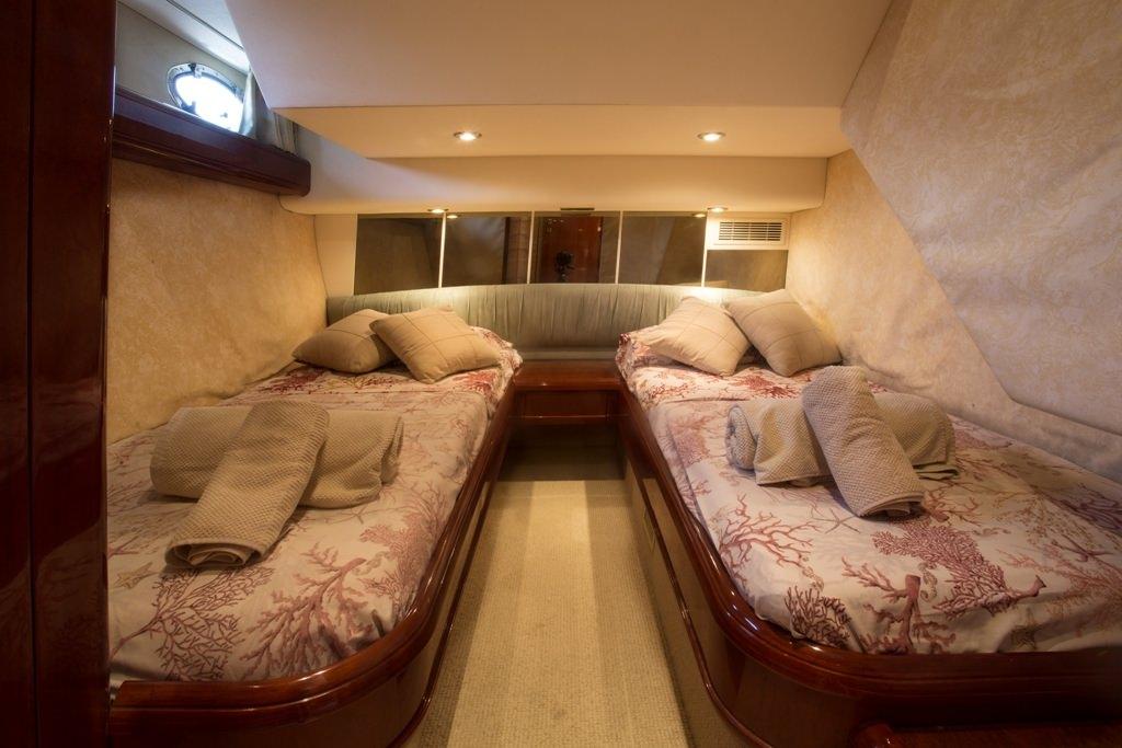 LIBERTY OF LYMINGTON Twin Cabin