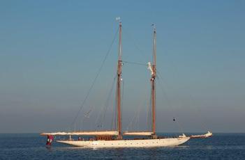 GERMANIA NOVA Germania Nova at anchor