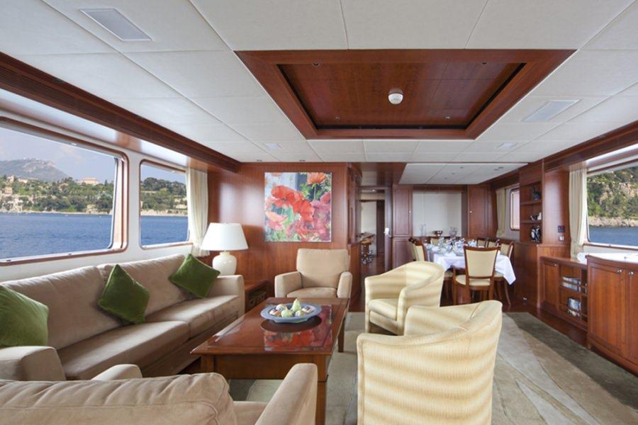 motor yacht CORNELIA