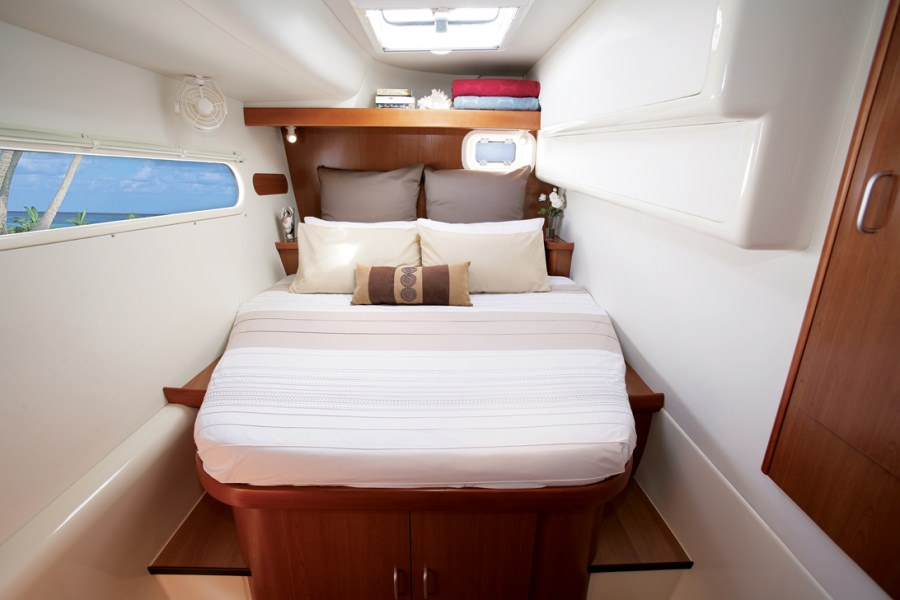 NIRVANA (POWER CAT) Guest Cabin Starboard