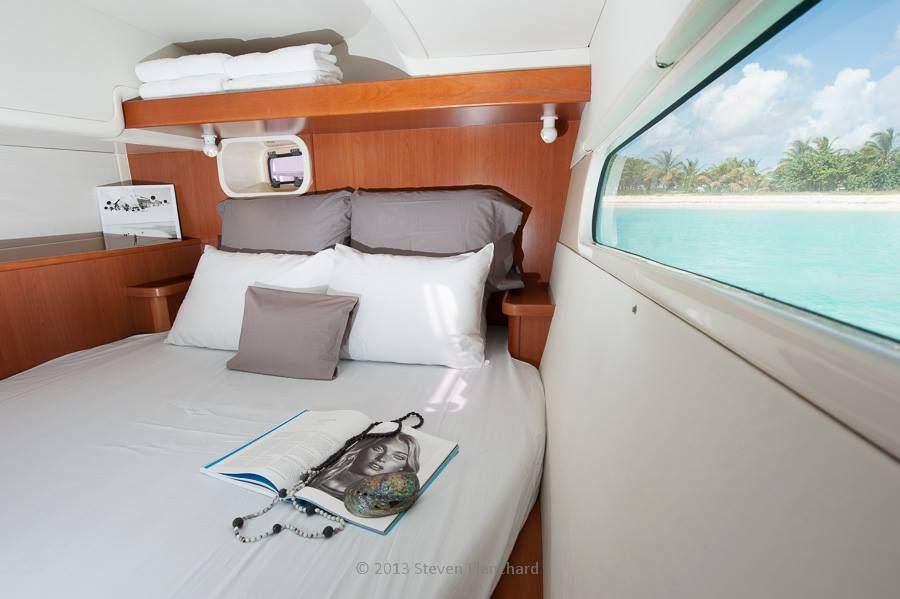 NIRVANA (POWER CAT) Guest Cabin Port