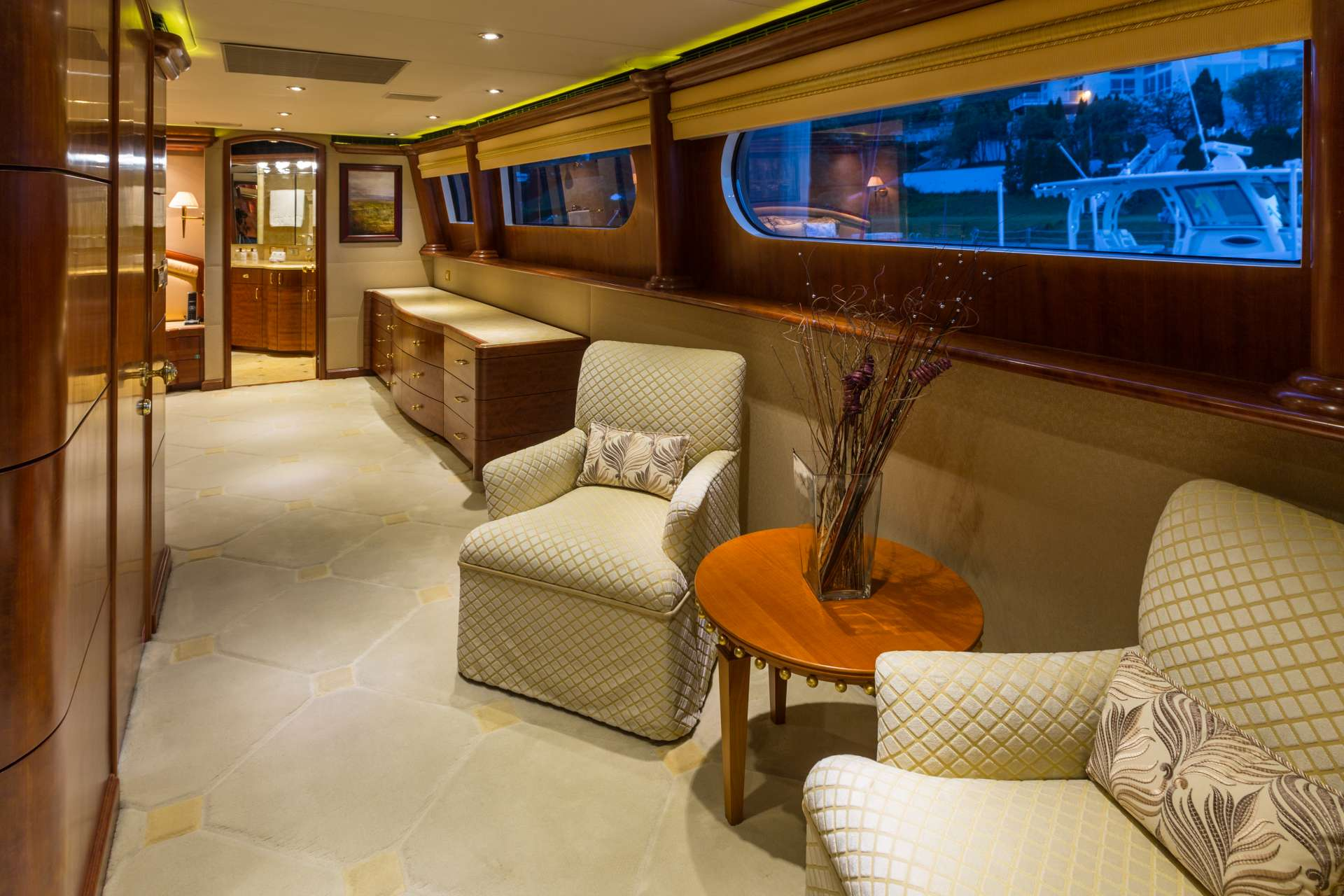 Master Suite - on deck