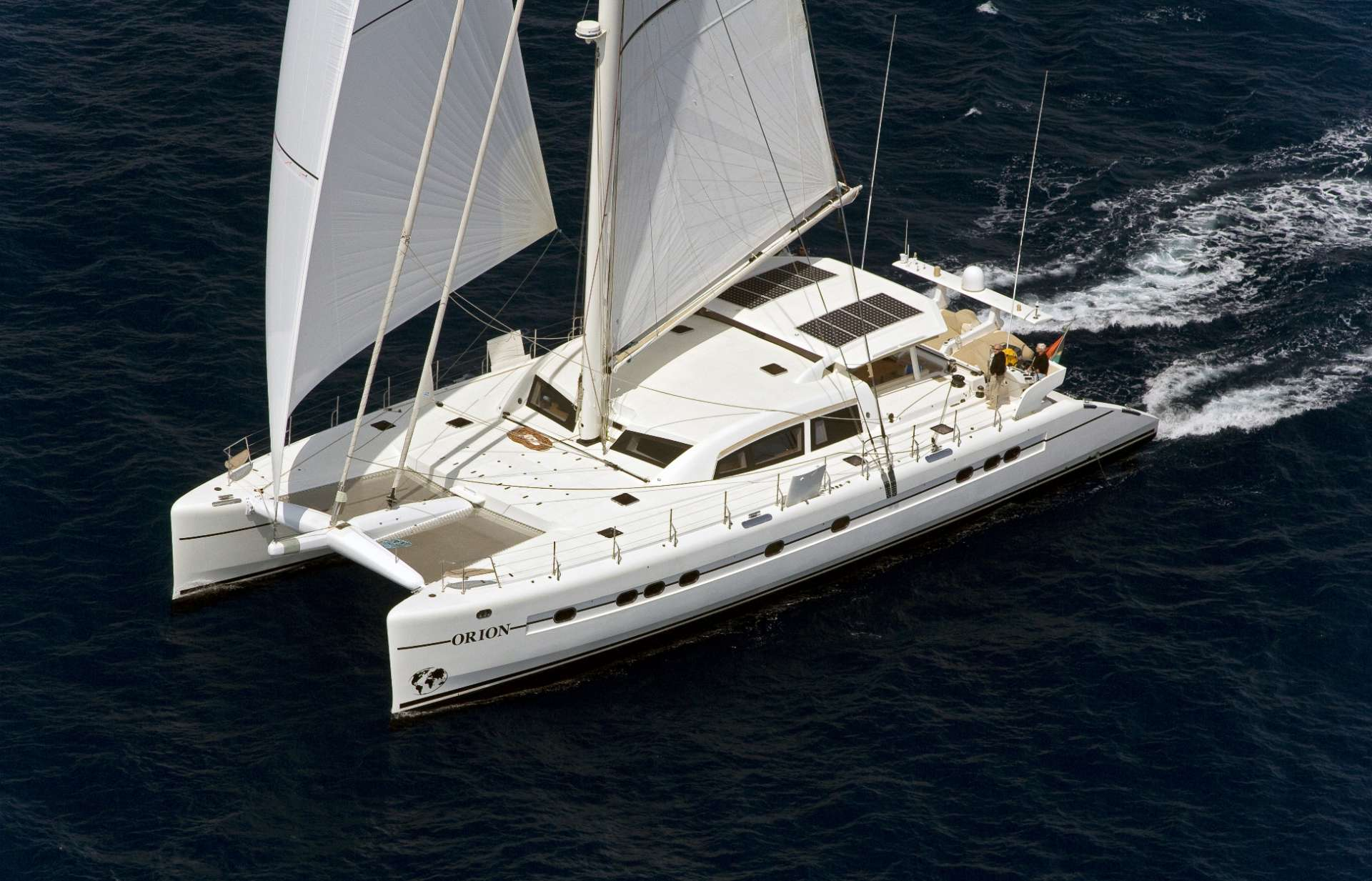 Catamaran ORION 90