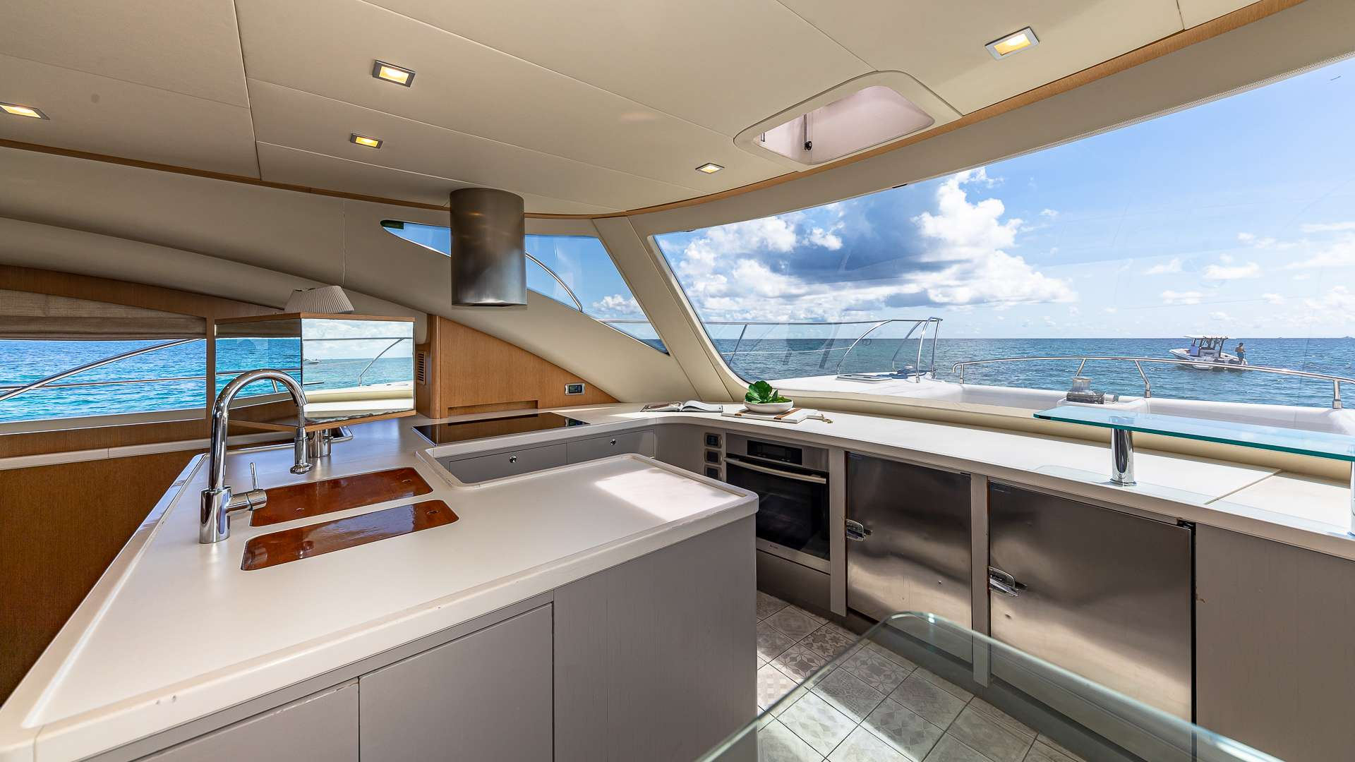 Dining Area / Galley