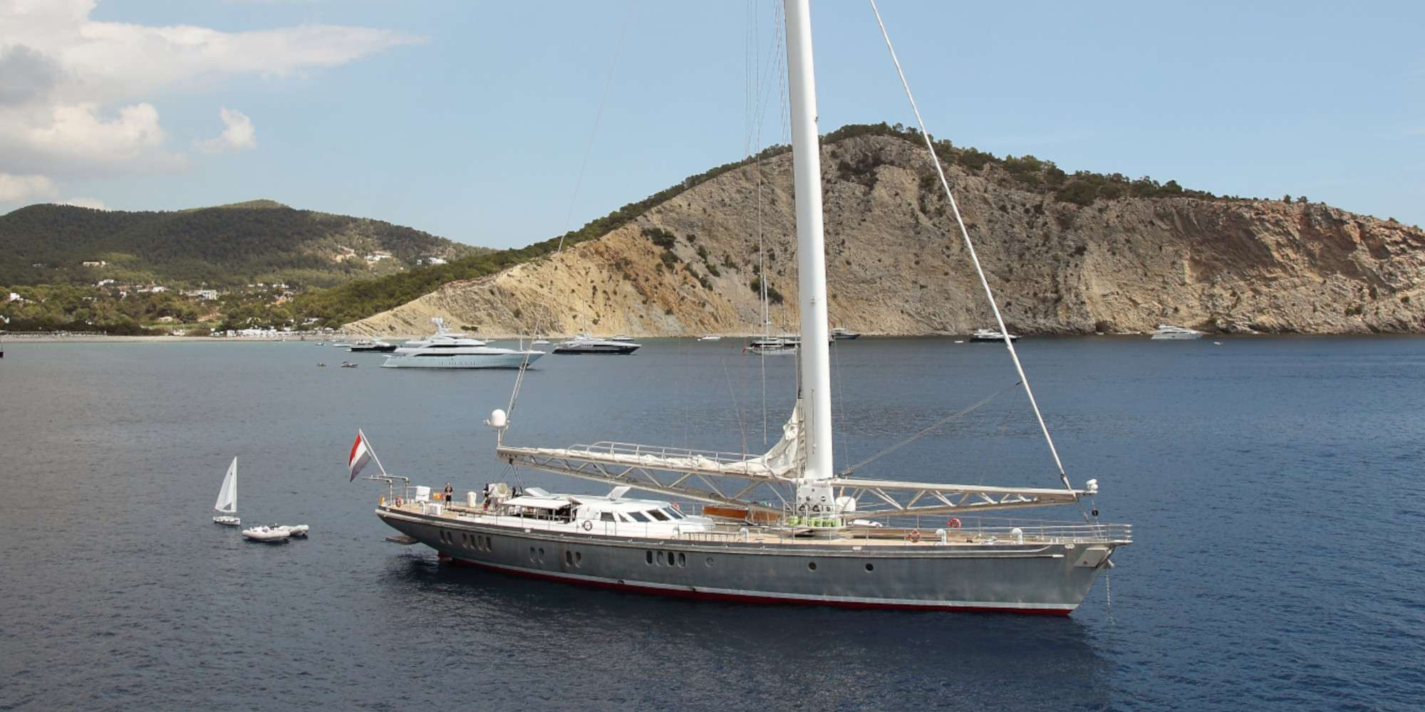 Charter with DWINGER on compassyachtcharters.com