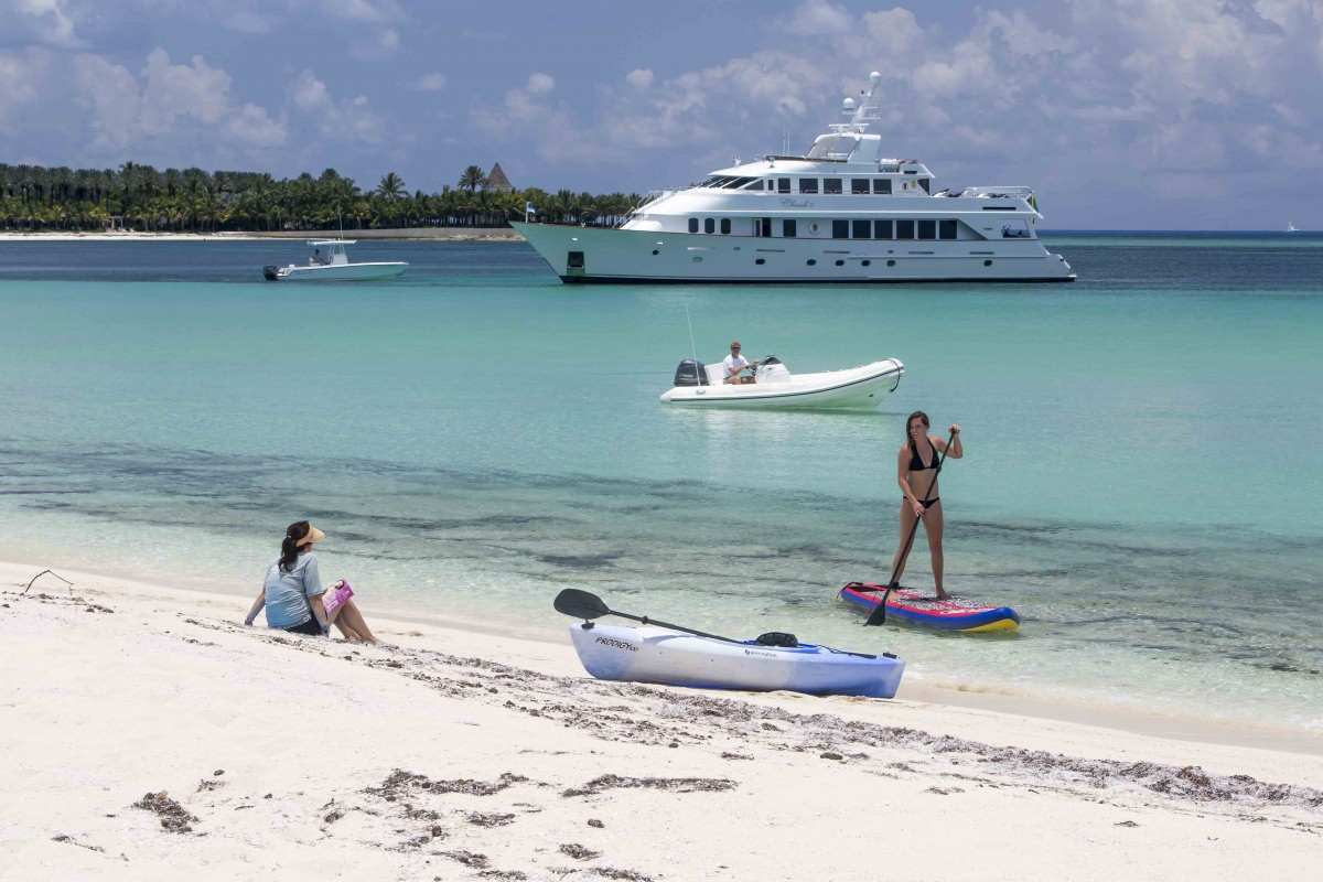Charter with CHERISH II on compassyachtcharters.com