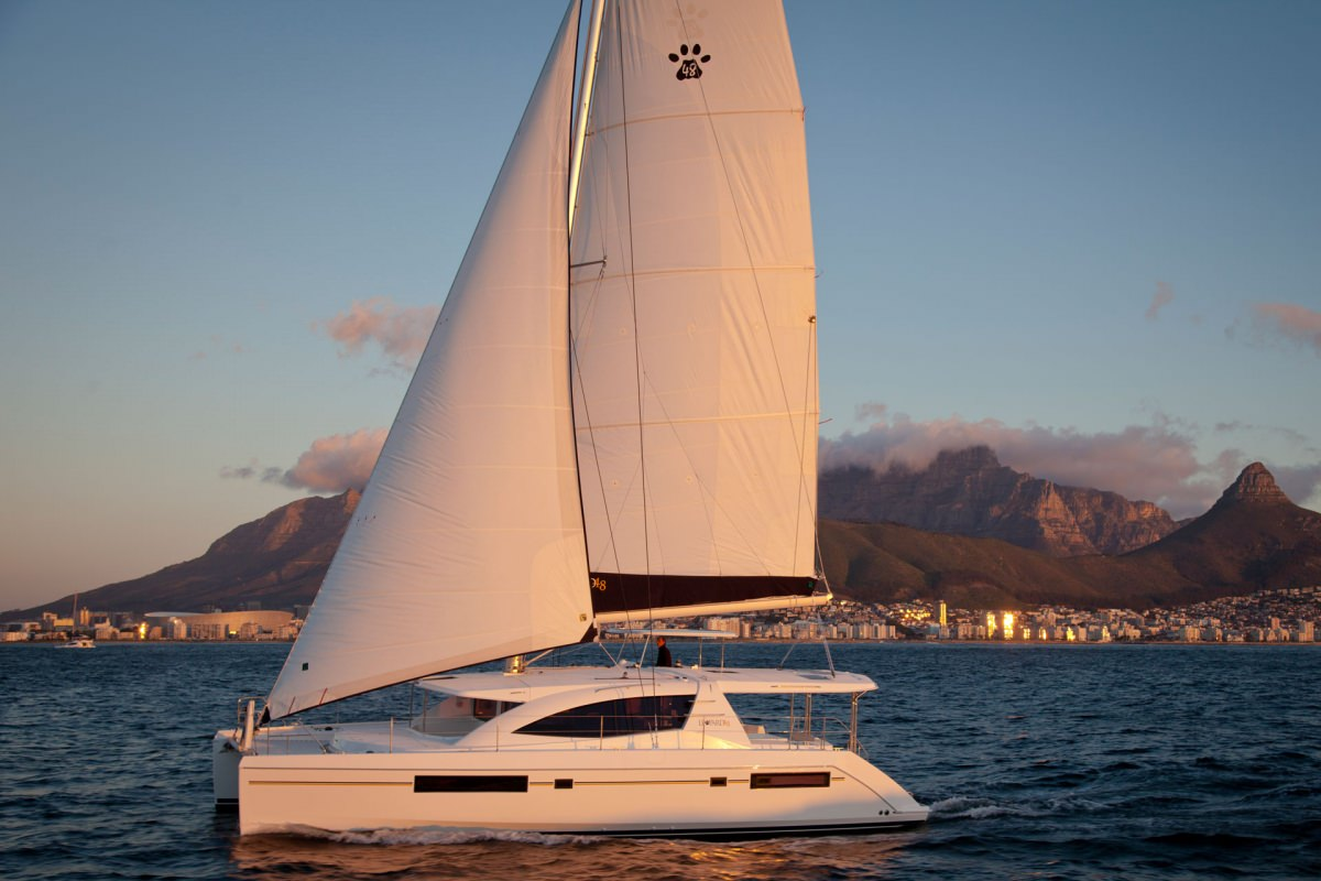 Charter with BLOSSOM on compassyachtcharters.com