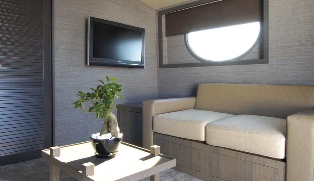 XIPHIAS Upper Salon Convertible to 4 Cabin