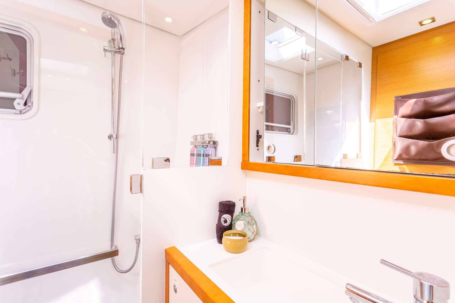 TELLSTAR Guest Bath