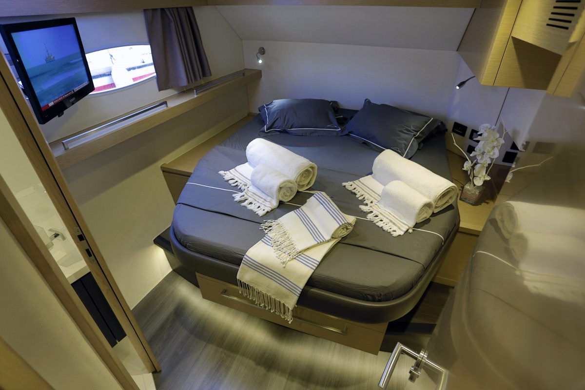 HIGHJINKS  Guest Cabin