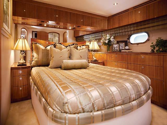 KNOT TIDE Guest Stateroom