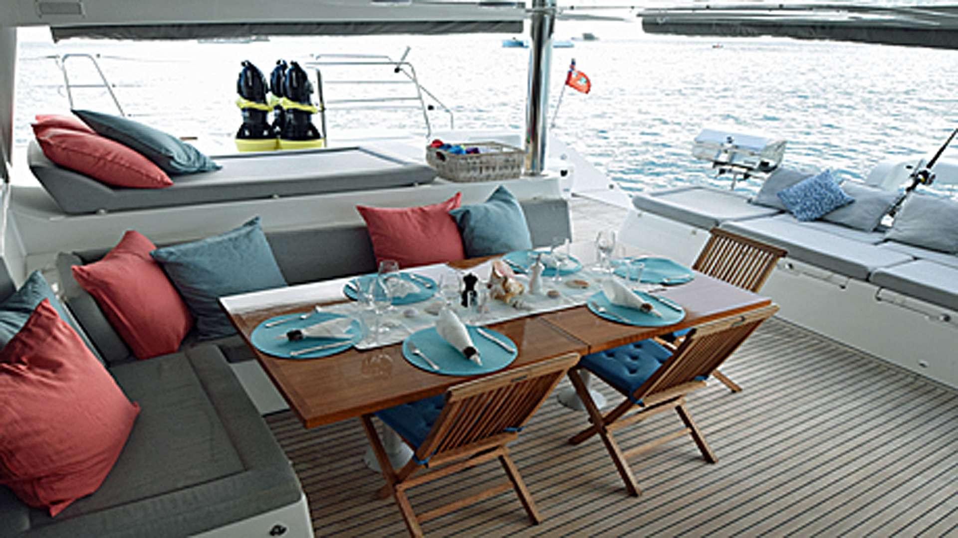 AMAZING Aft Deck Dining Area