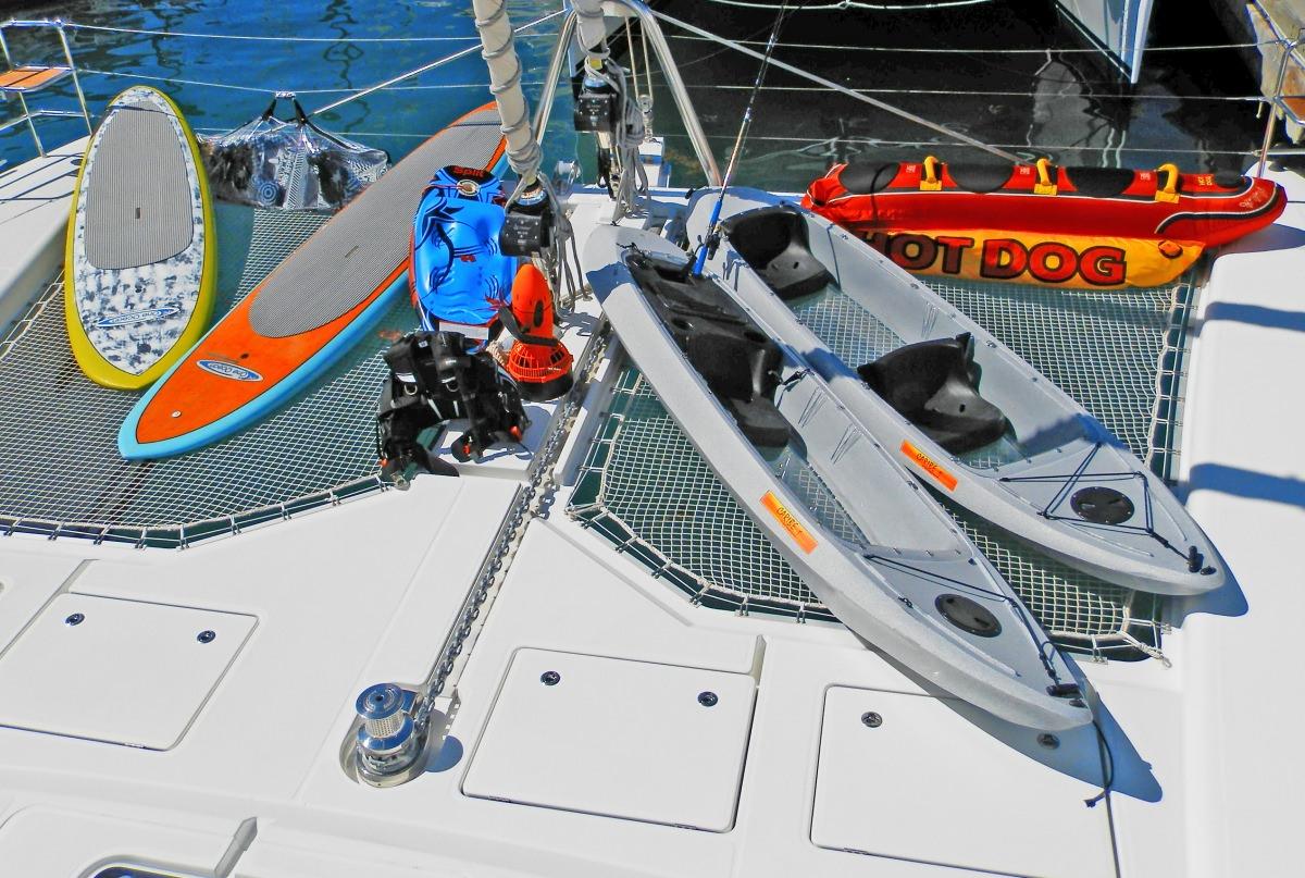 MOUN BEU Kayaks and Water Toys