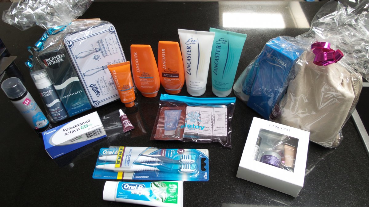 MOUN BEU Goody Bag of Products for Each Guest