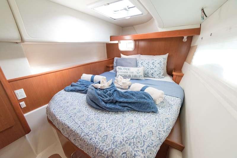 Queen cabin 3