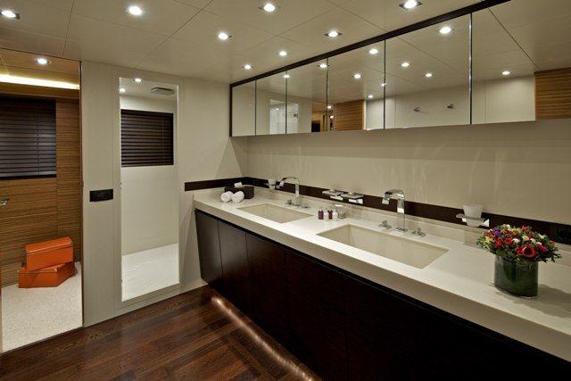 GIOE I Bath