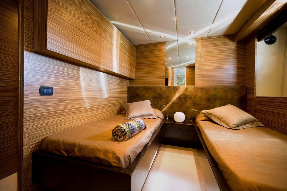 GIOE I Twin cabin