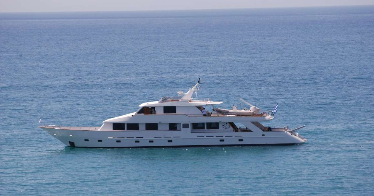 Charter with ELENA on compassyachtcharters.com