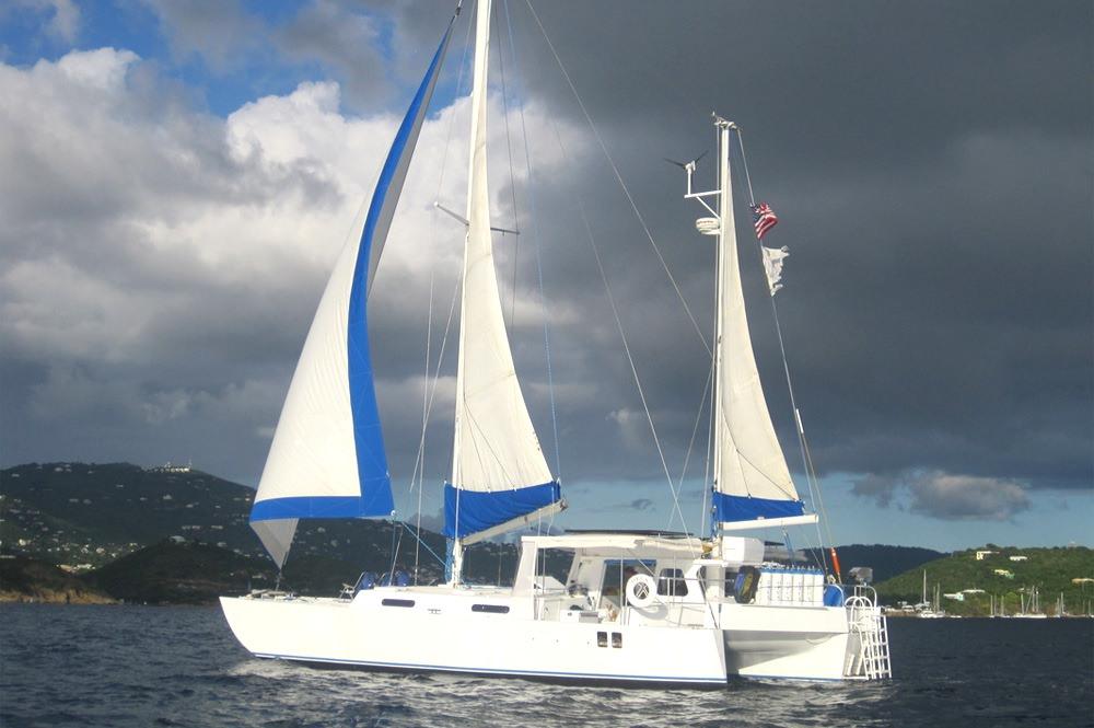 Catamaran OPUS