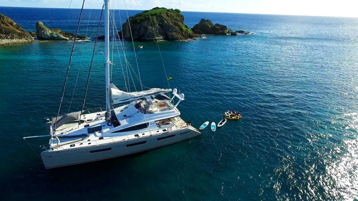 Catamaran XENIA74