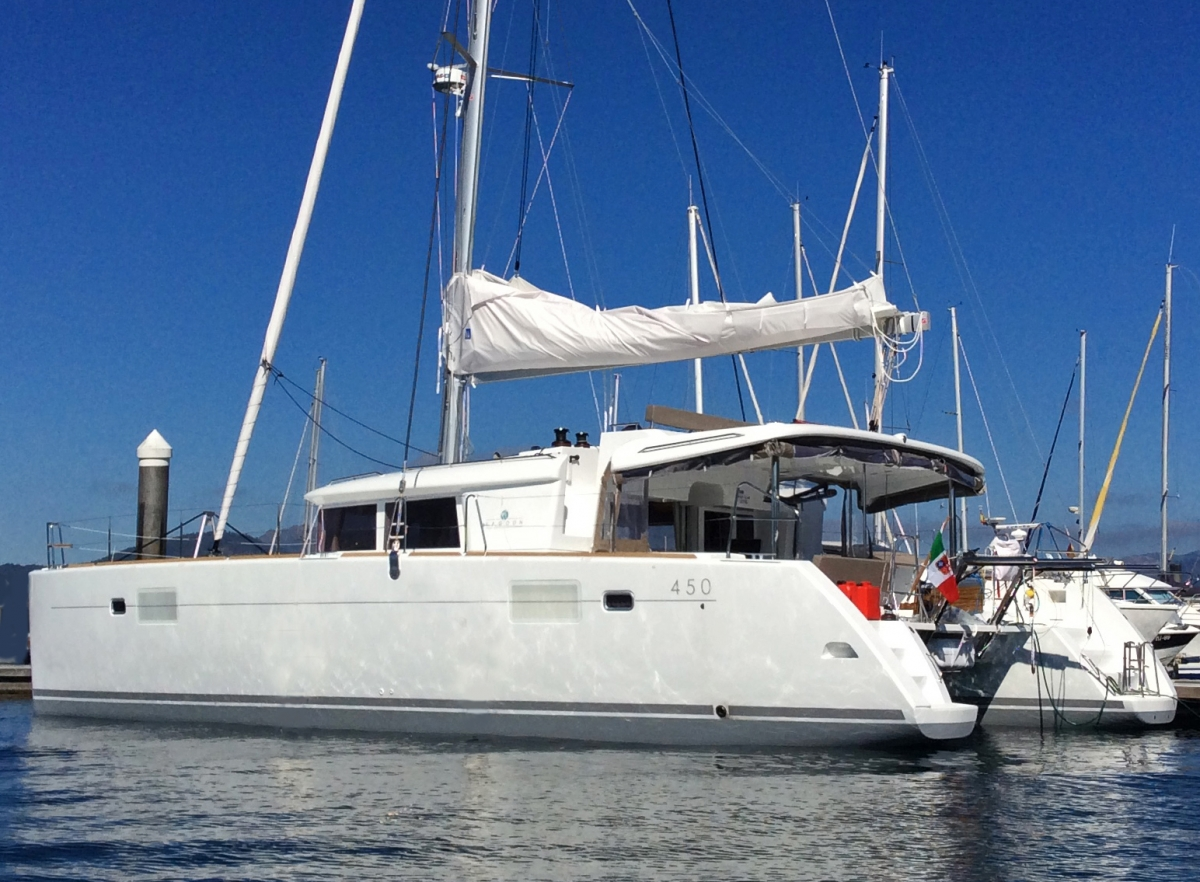 Charter with DELICIA on compassyachtcharters.com