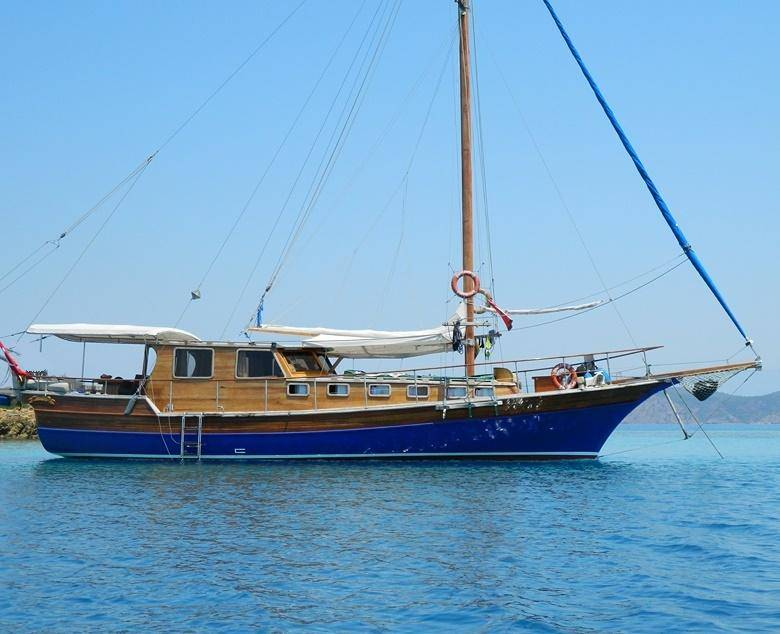 Charter with BOLERO on compassyachtcharters.com