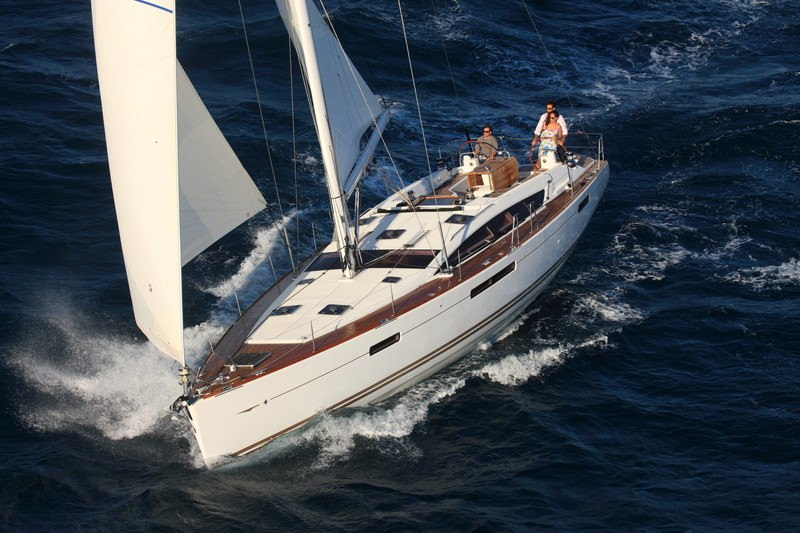 Charter with ARDA on compassyachtcharters.com
