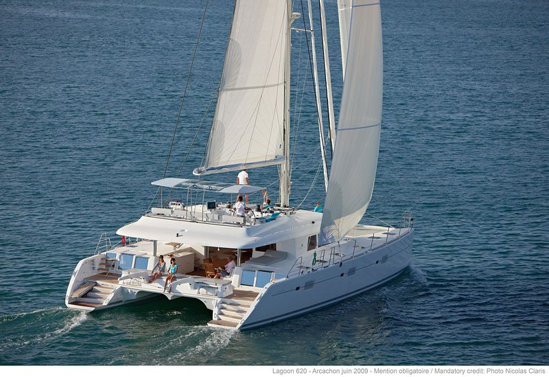 Charter with AQUATOPIA on compassyachtcharters.com