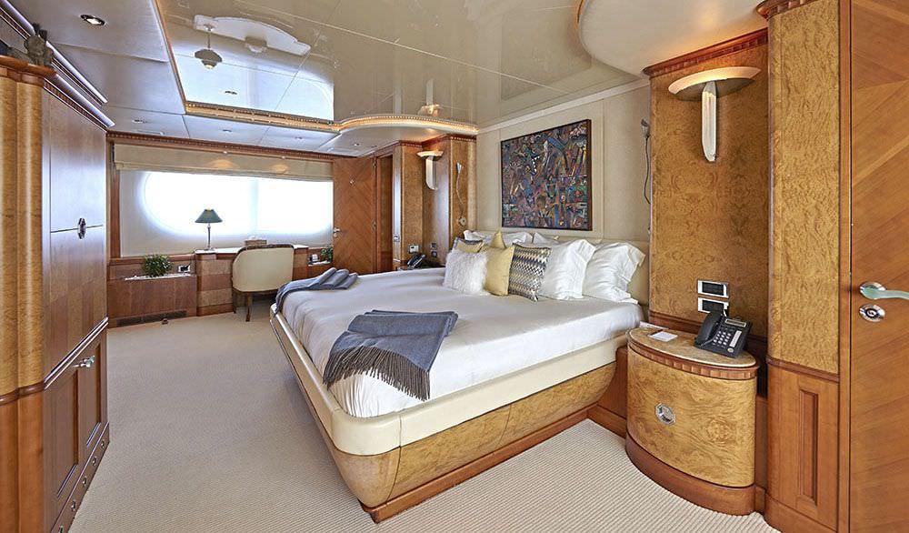 KANALOA  Master suite