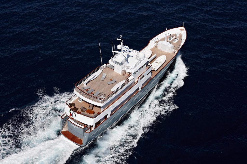 Charter with AXANTHA II on compassyachtcharters.com