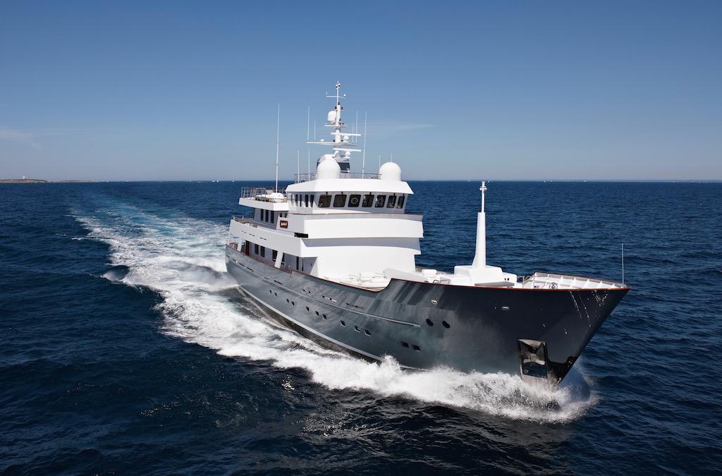 motor yacht AXANTHA II