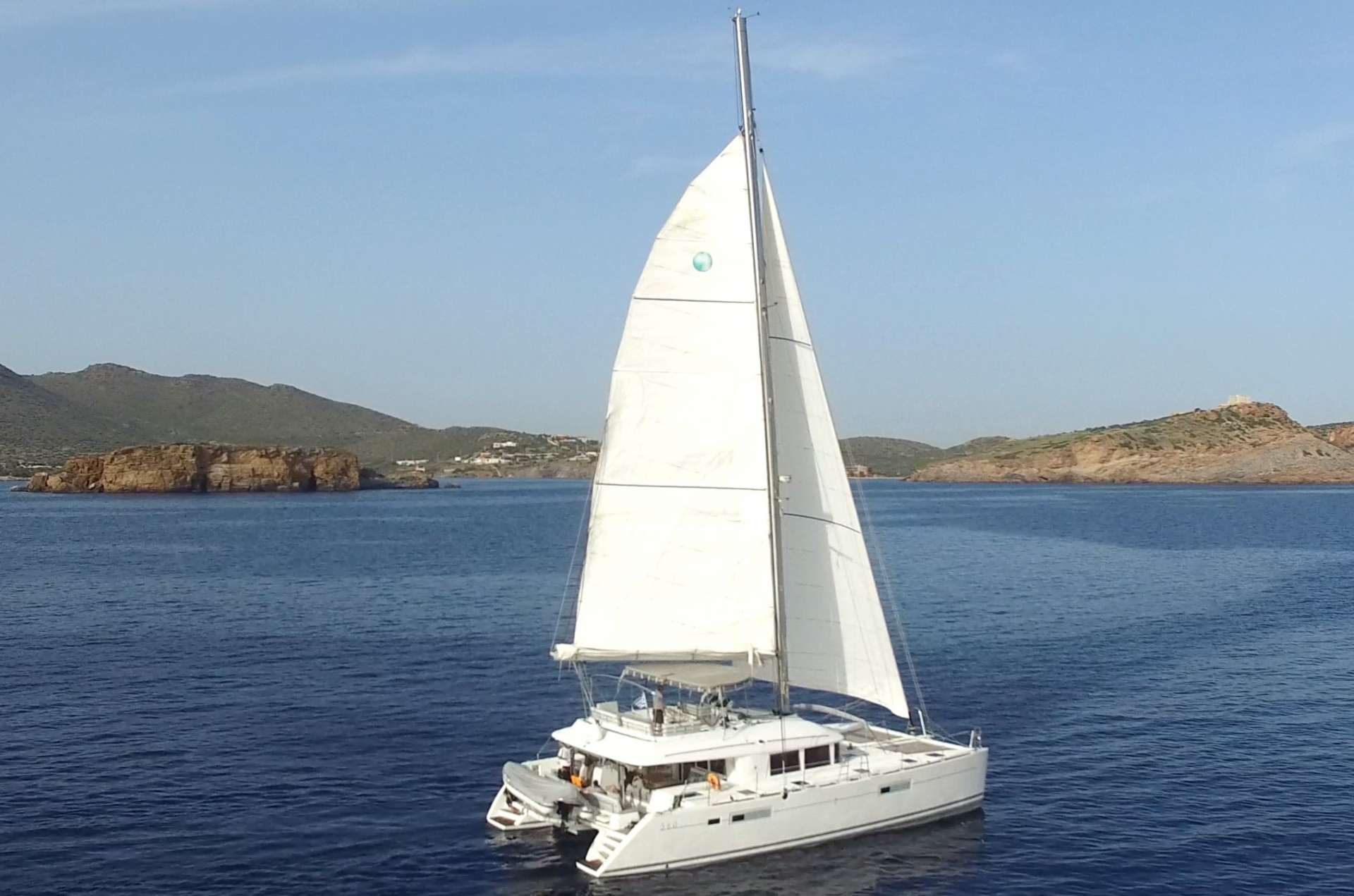 Charter with DADDY'S HOBBY on compassyachtcharters.com