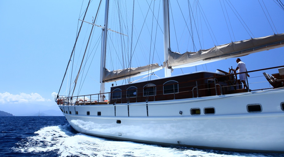 Sailing Yacht CEO 3