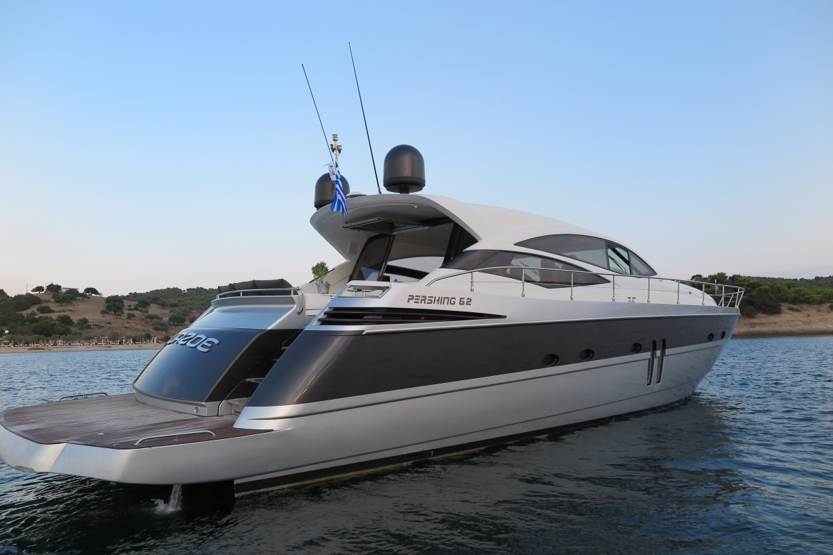 Charter with AQUAZOE on compassyachtcharters.com