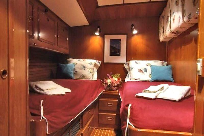 The guest cabins can be converted to 2 singles.