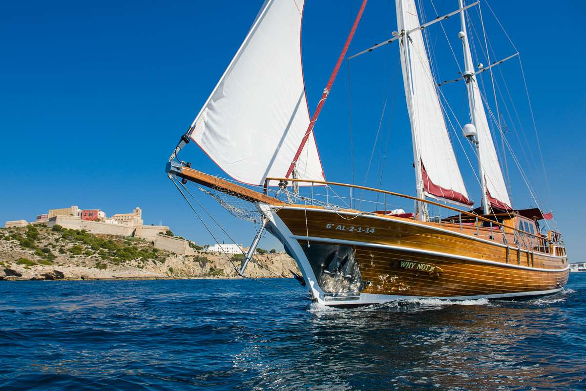 Sailing Yacht WHY NOT III