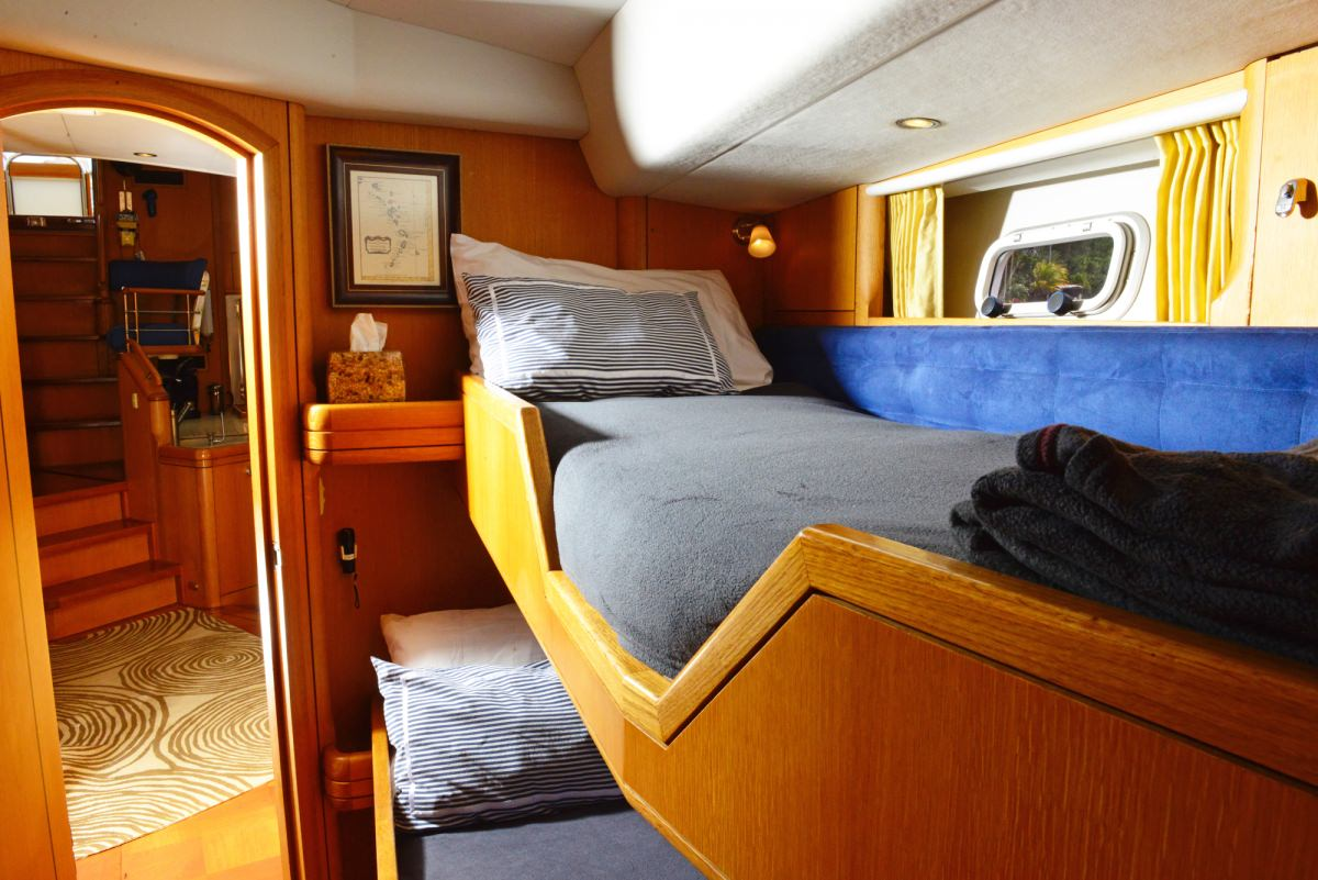 Guest Cabin Twin Forward port
